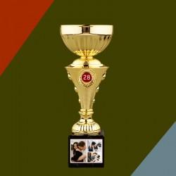 Trofeu personalizat cu 3...